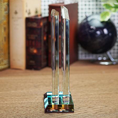 ホワイトガラス製トロフィーWCR40_04