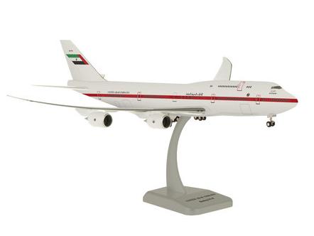 HoganWings/ホーガンウイングス B747-8 UAE政府専用機 ランディングギア&スタンド付属