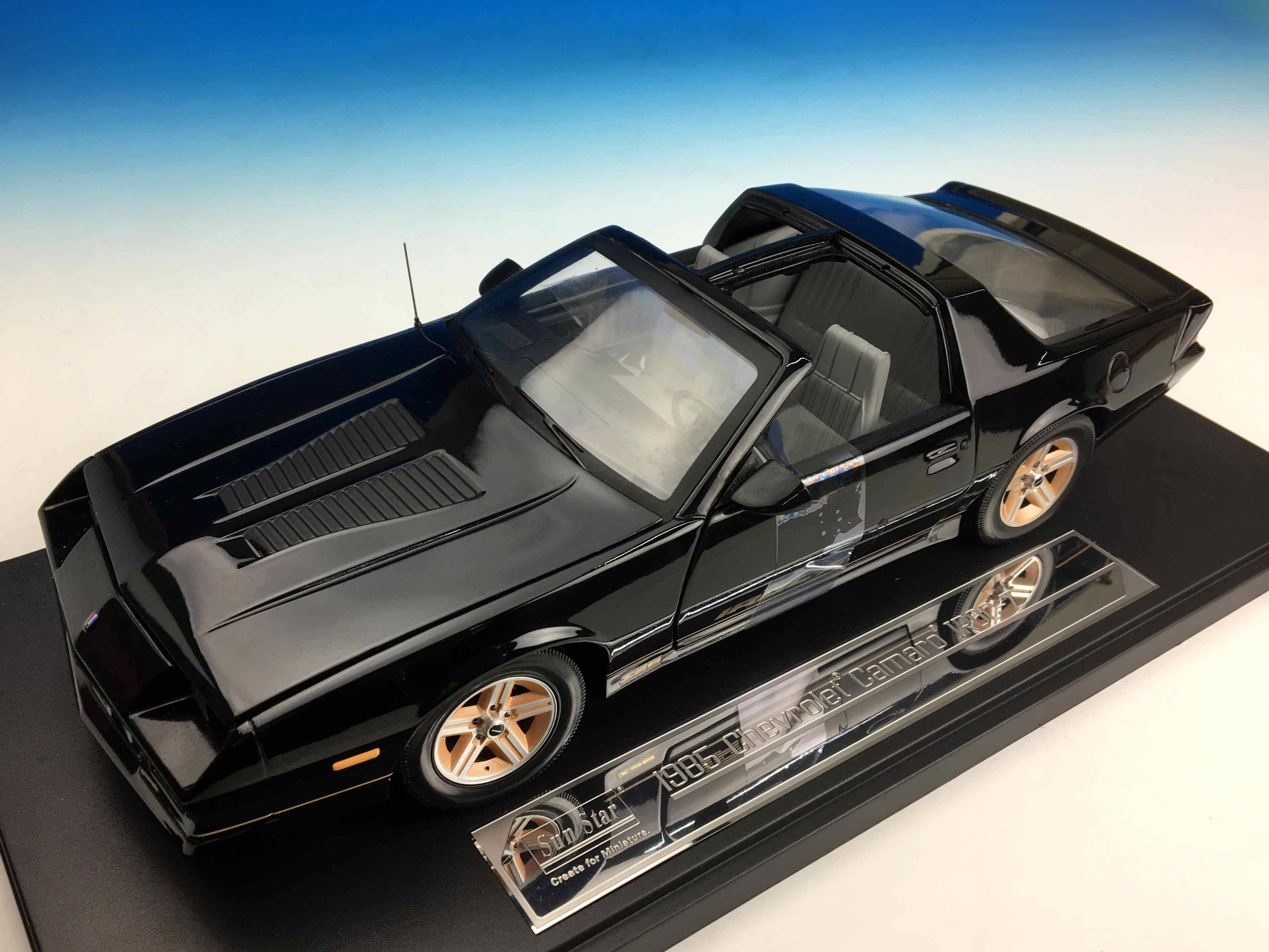 SunStar/サンスター シボレー カマロ IROC-Z  1985 ブラック