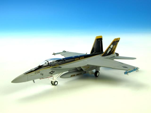 M-SERIES/エム シリーズ F/A-18E アメリカ海軍 VFA-27 ロイヤルメイセス