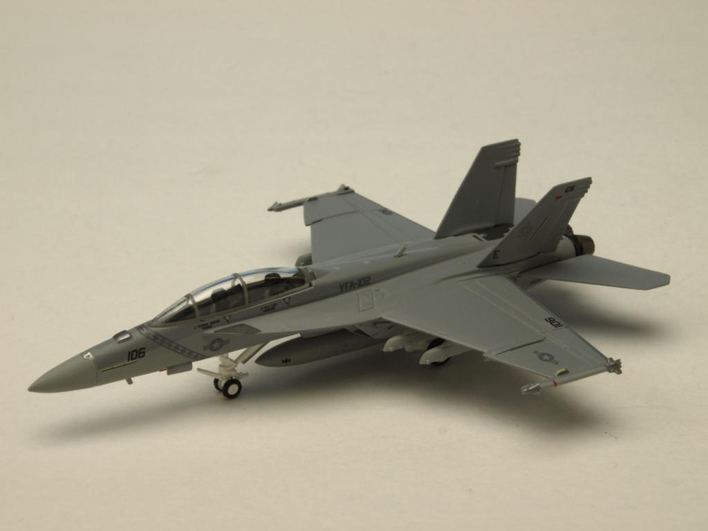M-SERIES/エム シリーズ F/A-18F アメリカ海軍 VFA-102 ダイアモンドバックス ロービジ