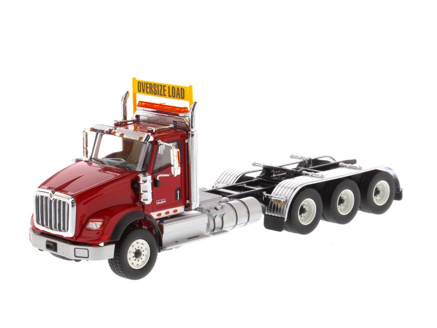 DIECAST MASTERS インターナショナル HX620 Tridem トラクター レッド