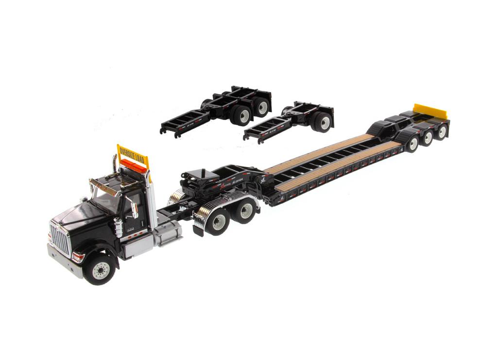 DIECAST MASTERS インターナショナル HX520 Tandem トラクター XL 120 トレーラー付  リアブースター2種付 ブラック