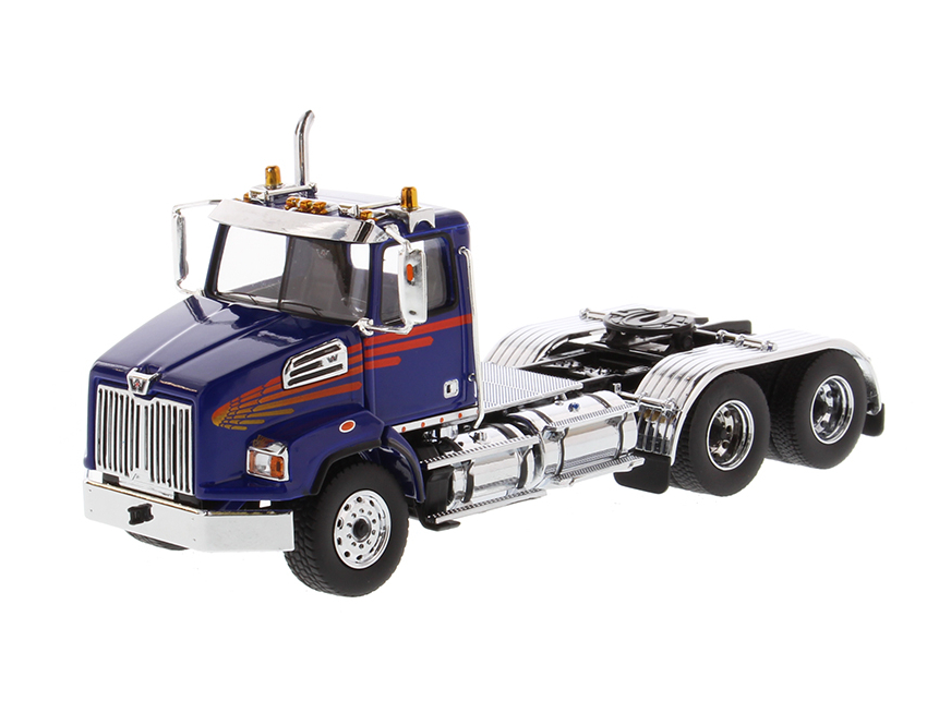 DIECAST MASTERS Western Star 4700 SB Tandem トラック トラクター  メタリックブルーキャブ