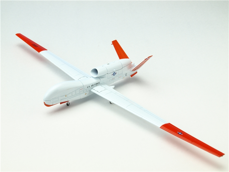 AV200005