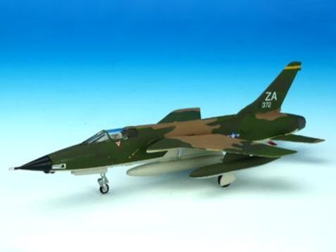 Avioni-X F-105D サンダーチーフ 18TFW 12TFS KADENA