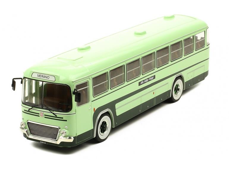 ixo/イクソ フィアット 306-3 1972 グリーンツートン