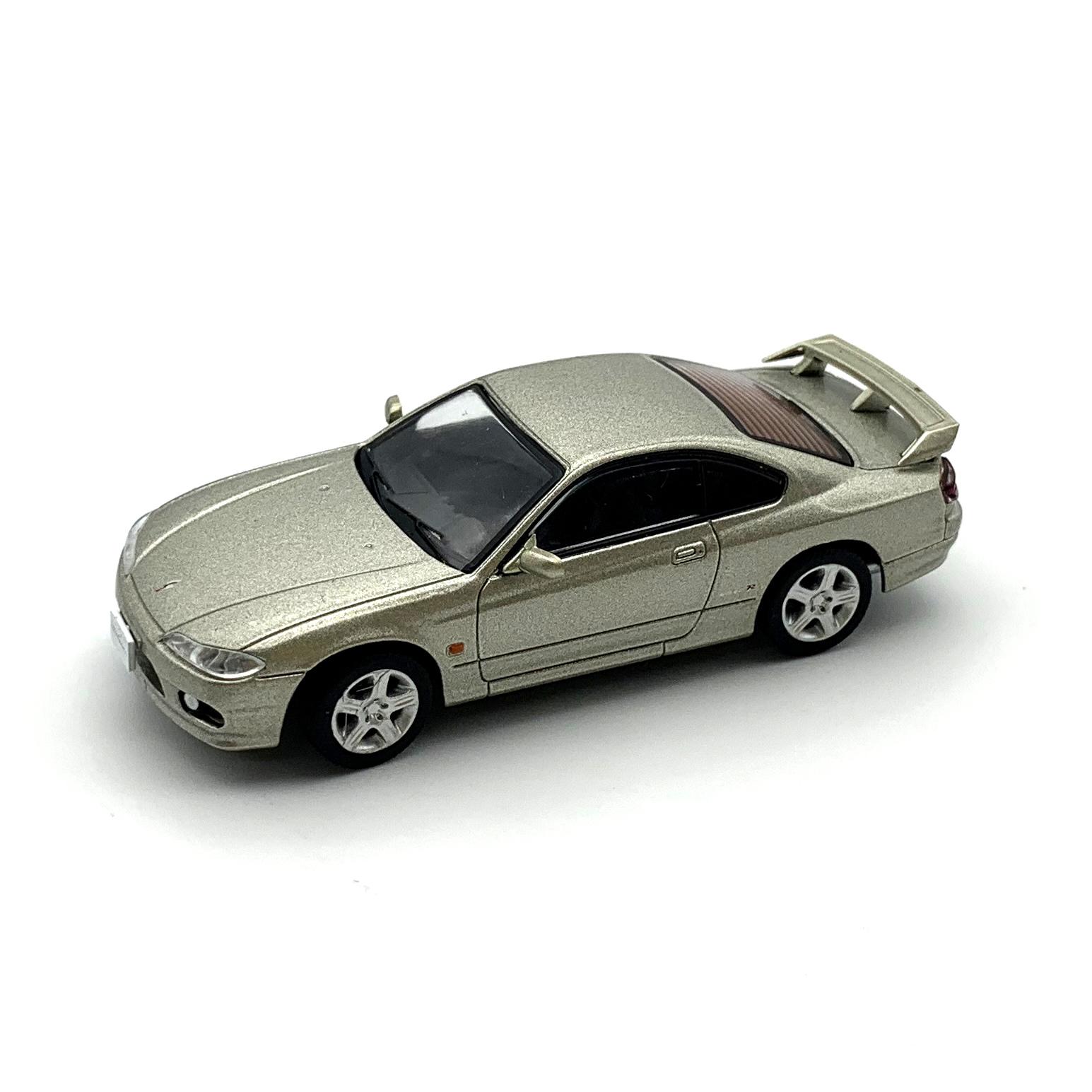 DIECAST MASTERS 日産 シルビア S15 シルバー LHD