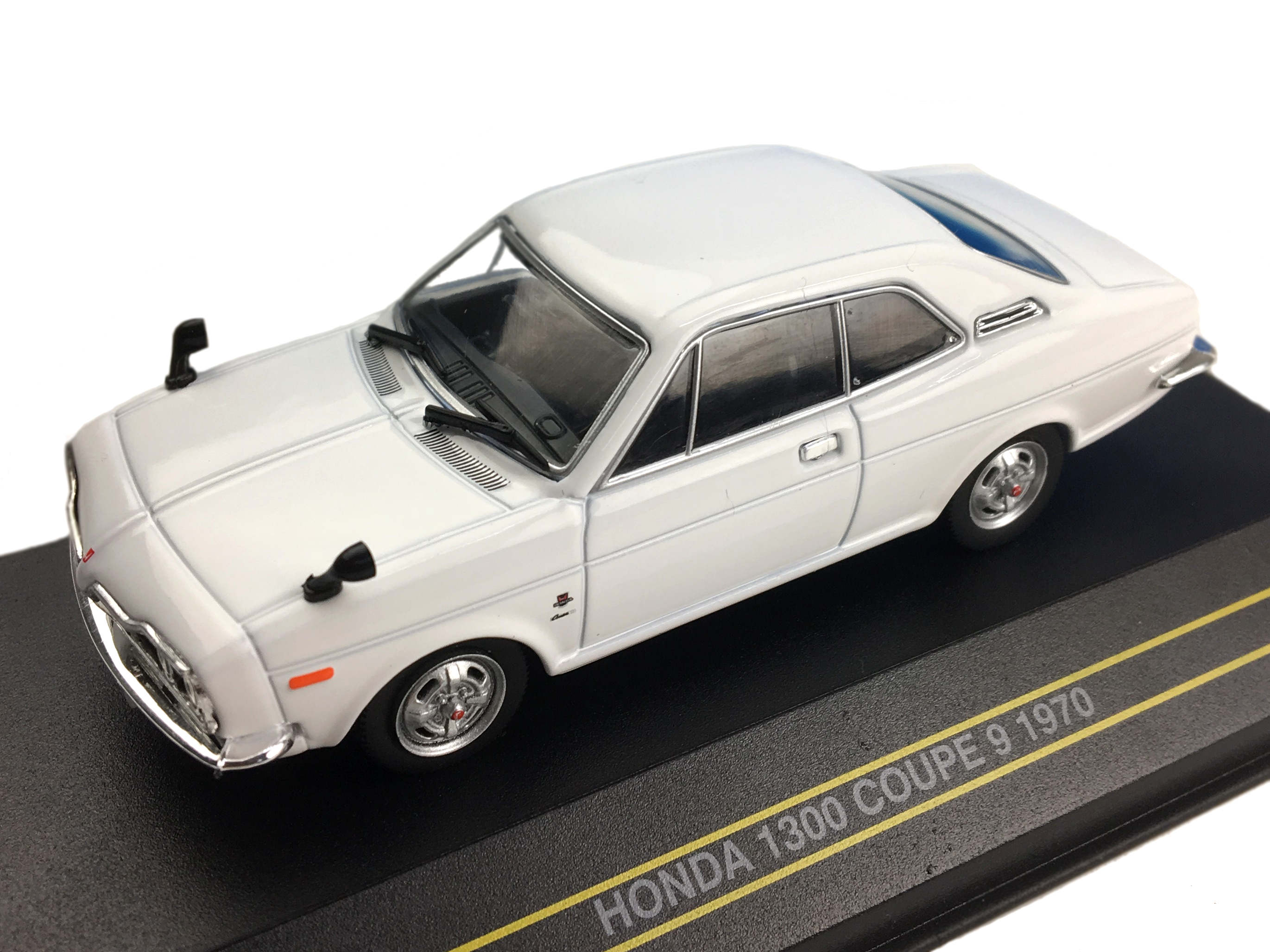 First43/ファースト43 ホンダ 1300 クーペ 9 1970 ホワイト