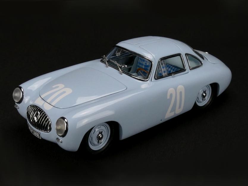 CMC/シーエムシー メルセデス・ベンツ 300SL Great Price of Bern 1952 No.20 ブルー