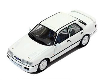 ixo/イクソ フォード・シエラ・コスワース 4x4 1991 ラリー仕様 ホワイト