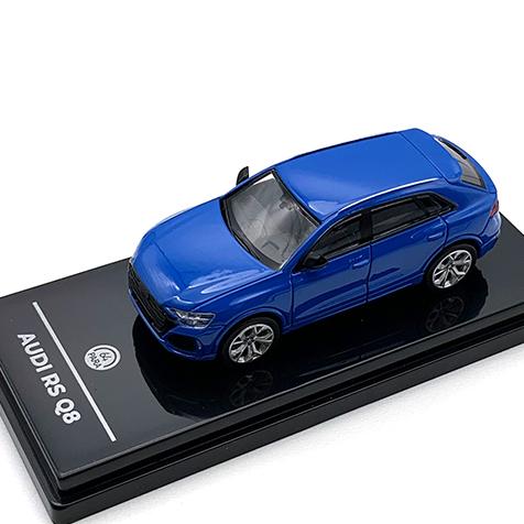 PARAGON/パラゴン アウディ RS Q8 ターボ ブルー LHD