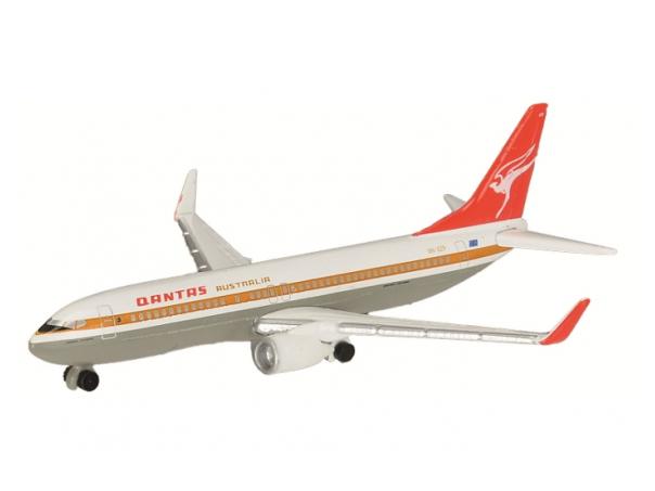 Schuco Aviation Quantas Boeing B737-800 カンタス航空