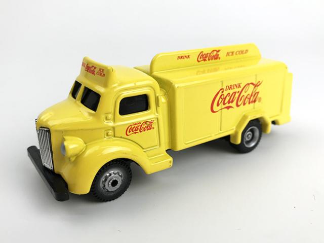 Coca-Cola Coca-Cola ボトルトラック 1947 イエロー