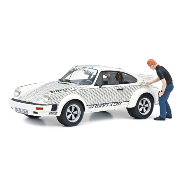 Schuco/シュコー ポルシェ 911  Walter Rohrlフィギュア付  Rohrl x 911