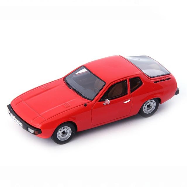 Auto Cult/オートカルト ポルシェ 924  プロトタイプ レッド
