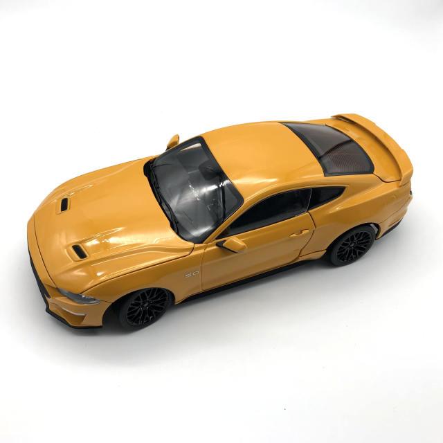 DIECAST MASTERS フォード マスタング GT 2019 左ハンドル オレンジ