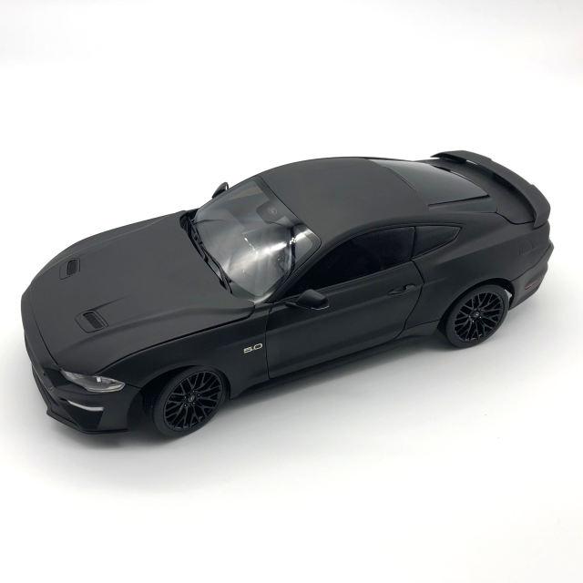DIECAST MASTERS フォード マスタング GT 2019 左ハンドル  マットブラック  (カスタムカラー)