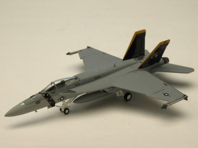 M-SERIES/エム シリーズ FA-18E アメリカ海軍 VX-9 バンパイアズ XE 100 ハイビジ GO N