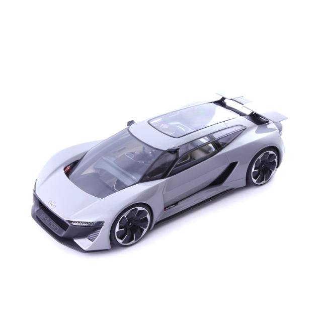 Auto Cult/オートカルト アウディ PB18 e-tron  2018  グレー