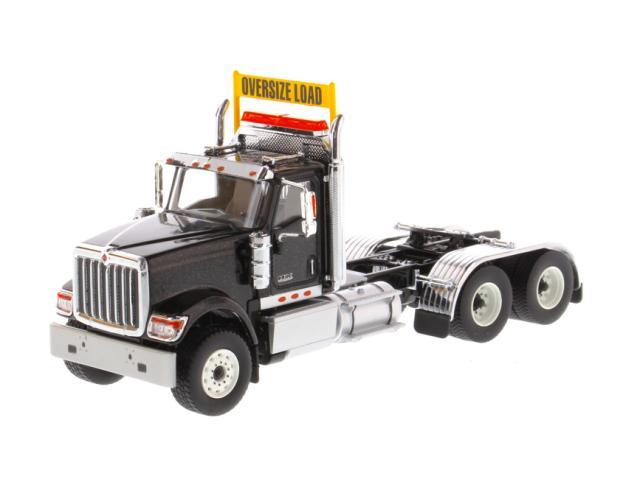 DIECAST MASTERS インターナショナル HX520 Tandem トラクター メタリックブラック