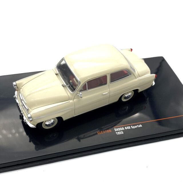 ixo/イクソ シュコダ 440 Spartak 1955 ベージュ