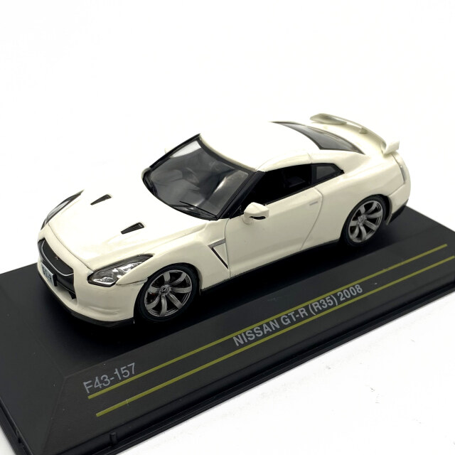 First43/ファースト43 ニッサン GT-R R35 2008 ホワイト