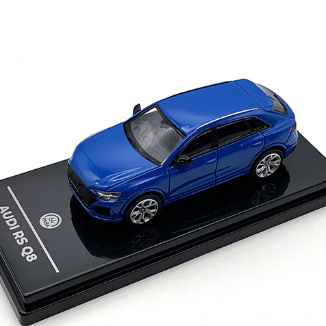 PARAGON/パラゴン アウディ RS Q8 ターボ ブルー RHD