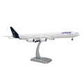 HoganWings/ホーガンウイングス A340-600  ルフトハンザ航空 ランディングギア付