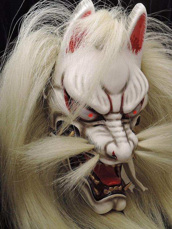 悪狐(カツラ有・赤眼光)
