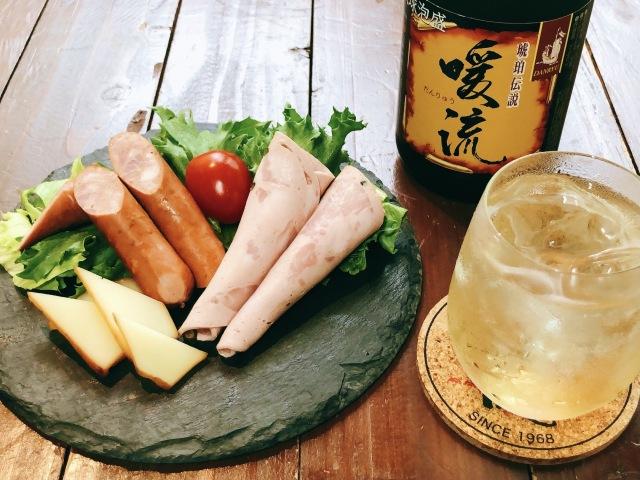ぬちぐすいセット vol.5 暖流30度720ml&チーズ&ソーセージ(送料込)(冷蔵便)