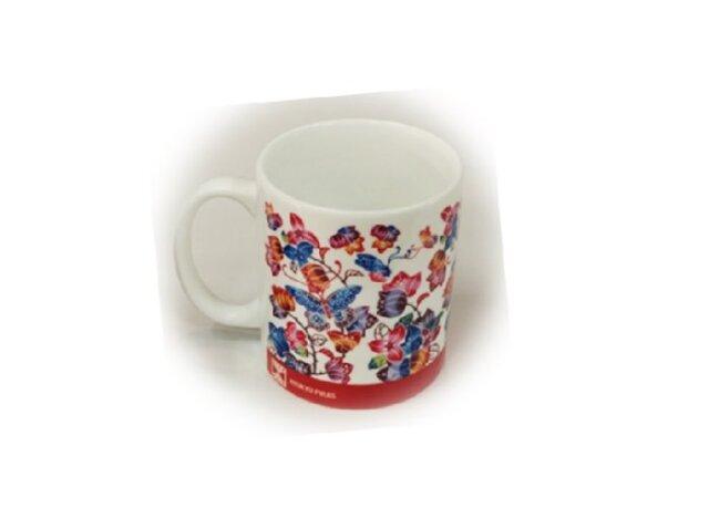 紅型マグカップ ブーゲンビリアと蝶 (琉球ぴらす)