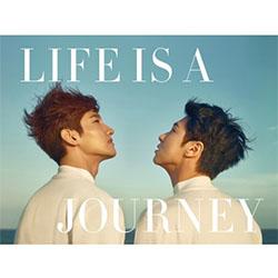 東方神起(TVXQ!) - LIFE IS A JOURNEY【写真集+DVD】