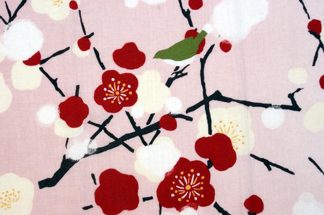 濱文様の絵てぬぐい 紅白梅とぼたん雪