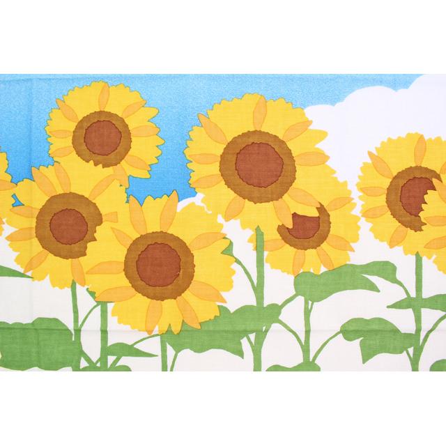 濱文様の絵てぬぐい 夏空とひまわり畑