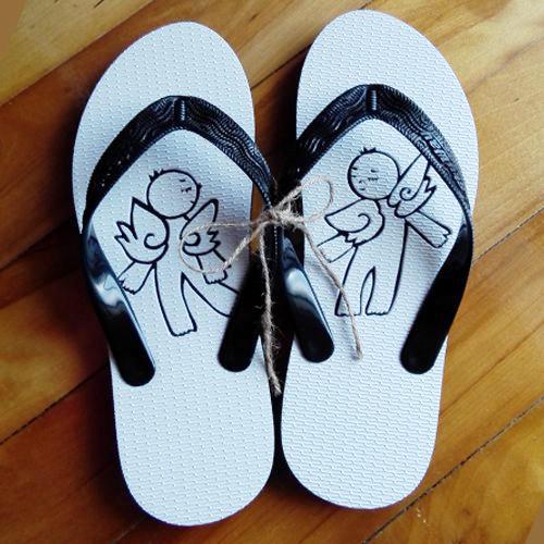 【沖縄ビーチサンダル】手彫りの島ぞうり【天使柄】ゴム草履