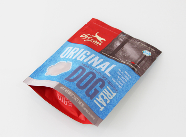 放し飼いの鶏・七面鳥の新鮮な肉とレバー&獲れたて天然カレイの肉のみをフーズドライにした肉原料100% スペシャルトリーツ 『オリジンオリジナル』