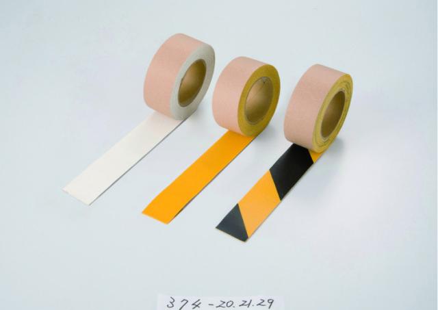 路面貼り用テープ ユニラインテープ トラ50mm幅×5m  【374-29】