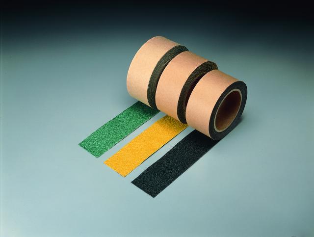 すべり止めテープ シマ鋼板用(緑) 100mm幅  【374-91】