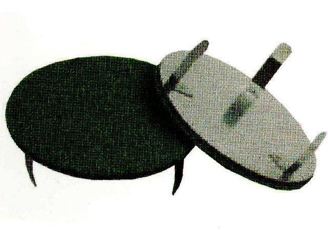 パークゴルフ場のホールカップ蓋(人工芝付き) メーカー:ニッタクス 商品番号NTX-CF-001