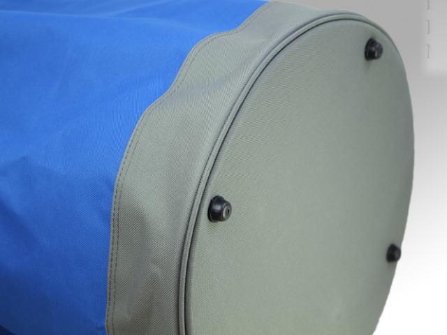 バッグ底は補強底 生地が傷まない底上げ材3箇所