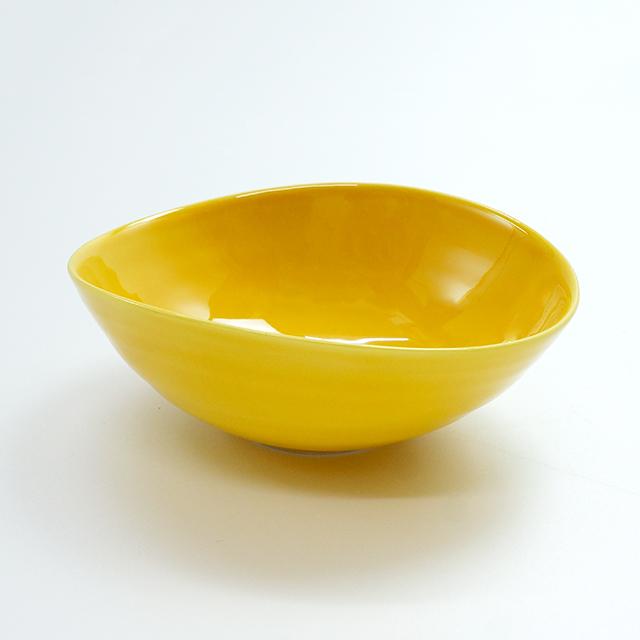 黄交趾変形鉢