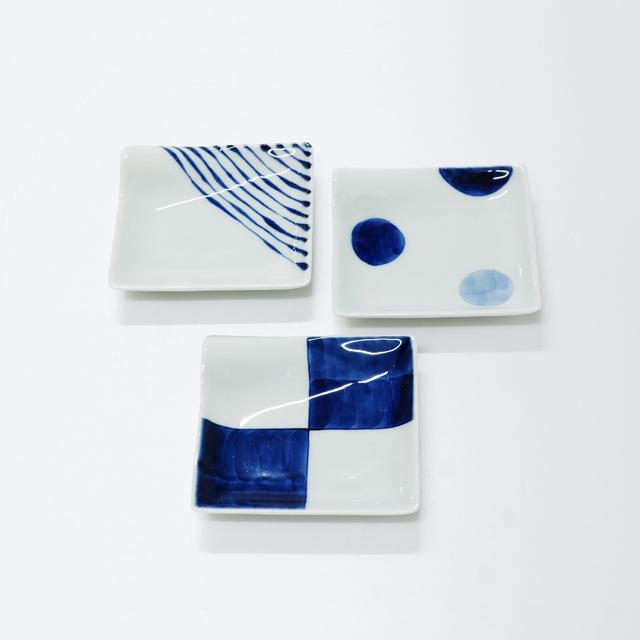 波佐見焼 康創窯 シンプルライン 染付 しょうゆ皿 たれ切皿 市松 つれづれ十草 二色丸紋