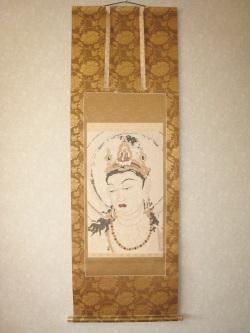 掛け軸 法隆寺金堂 第六号壁「阿弥陀浄土図」の聖観音像(西陣手織唐錦)