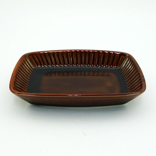波佐見焼 アメ釉 しのぎ角小皿