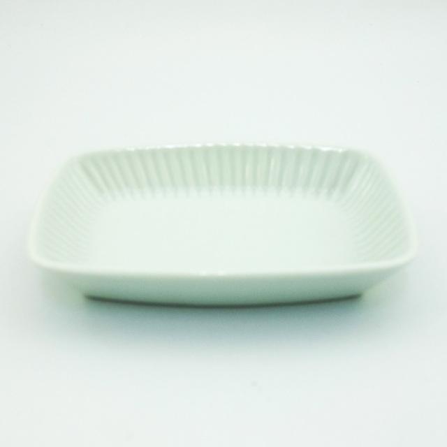 波佐見焼 白釉 しのぎ角小皿