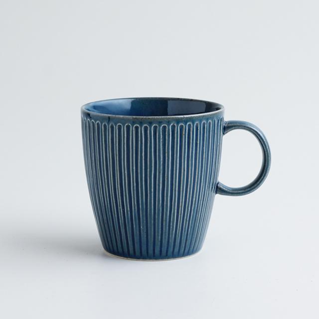 波佐見焼 一誠陶器 浮彫 マグカップ 青