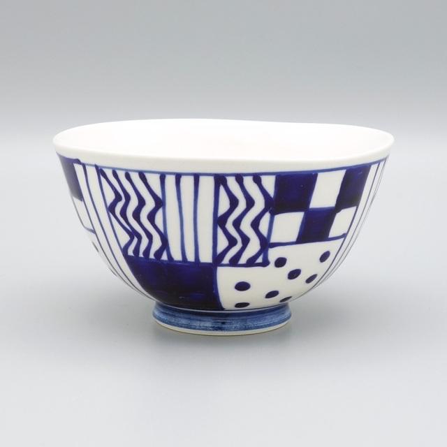 有田焼 喜鶴製陶 釉彩幾何紋 飯碗 青