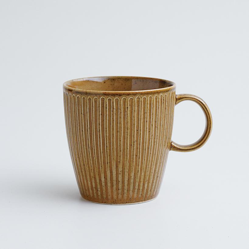 波佐見焼 一誠陶器 浮彫 マグカップ 茶