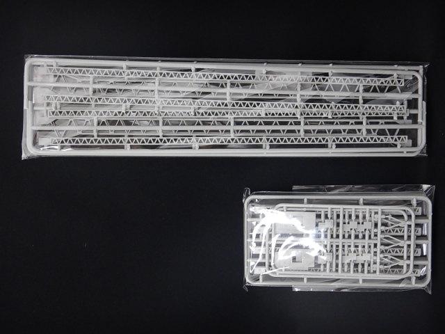 架線柱組立キット(2本分入)